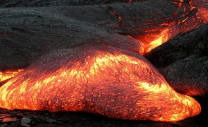 Definisi-Ekstrusi-Magma