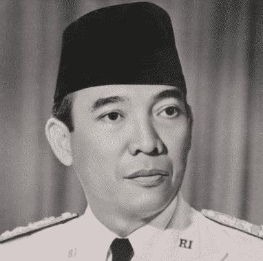 """Biografi Ir. Soekarno"" Sang Proklamator – Pahlawan Nasional"