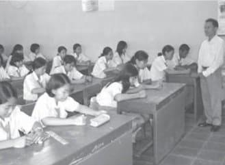 Lembaga pendidikan sebagai salah satu saluran mobilitas sosial