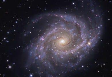 NGC 2997 adalah galaksi spiral tipe Sc