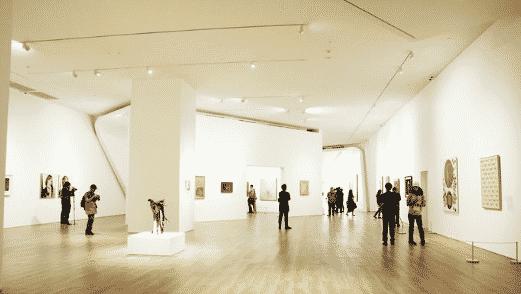 Pameran 'SeniBerubah dan DuniaBerubah' diMuseum MACAN