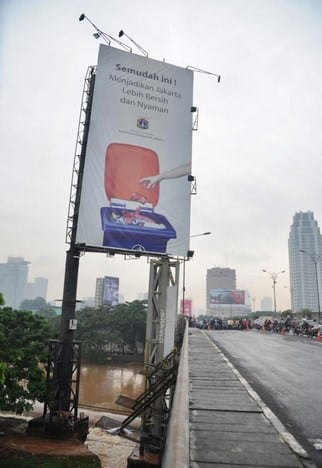 Contoh-Baliho-Jaga-Kebersihan