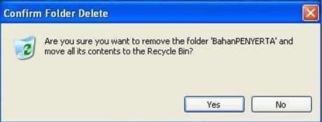 Klik menu File, kemudian klik Delete
