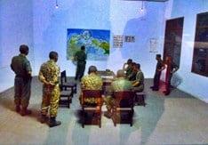 Panglima Mandala sedang memberikan penjelasan Tugas-tugas Operasi Mandala