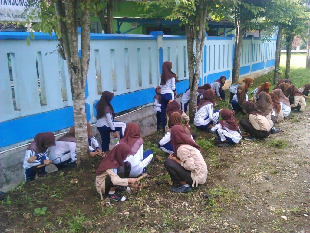 Contoh-Pidato-Lingkungan-Sekolah