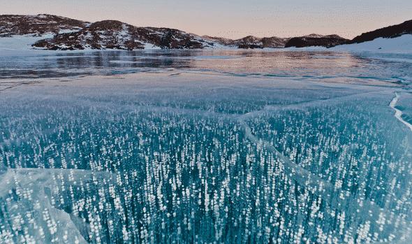 Danau-yang-Tidak-Pernah-Membeku