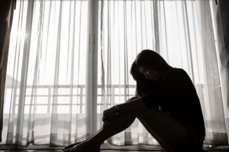 Seseorang-Yang-Bangkit-Dari-Depresi
