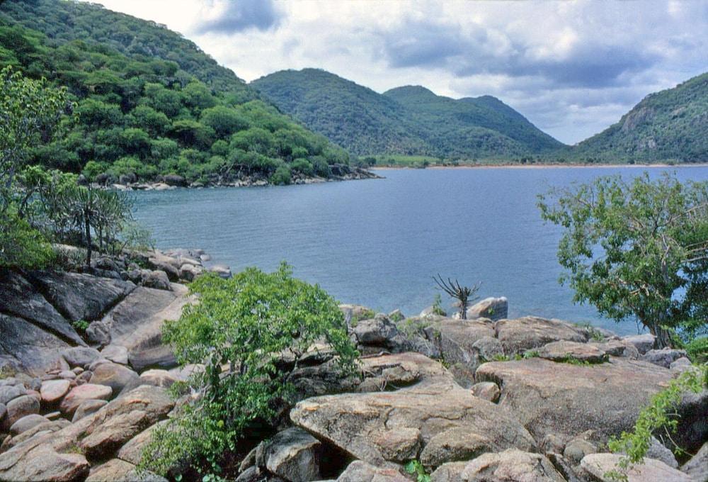 Sungai-dan-danau-di-Afrika