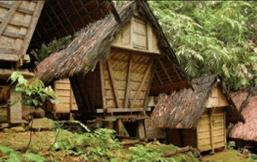 Rumah-Adat-Baduy-di-Banten