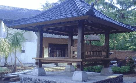 Rumah-Adat-Bali-Bernama-Aling-Aling