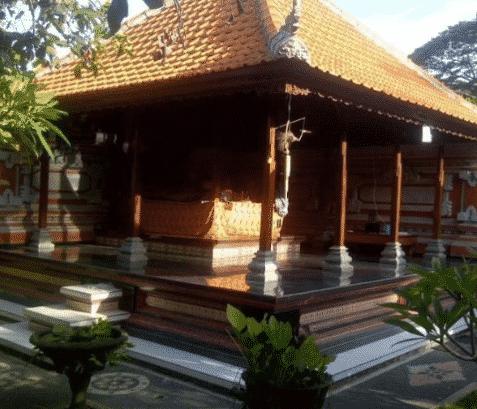 Rumah-Adat-Bali-Bernama-Bale-Tiang-Sanga