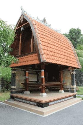 Rumah-Adat-Bali-Bernama-Jineng