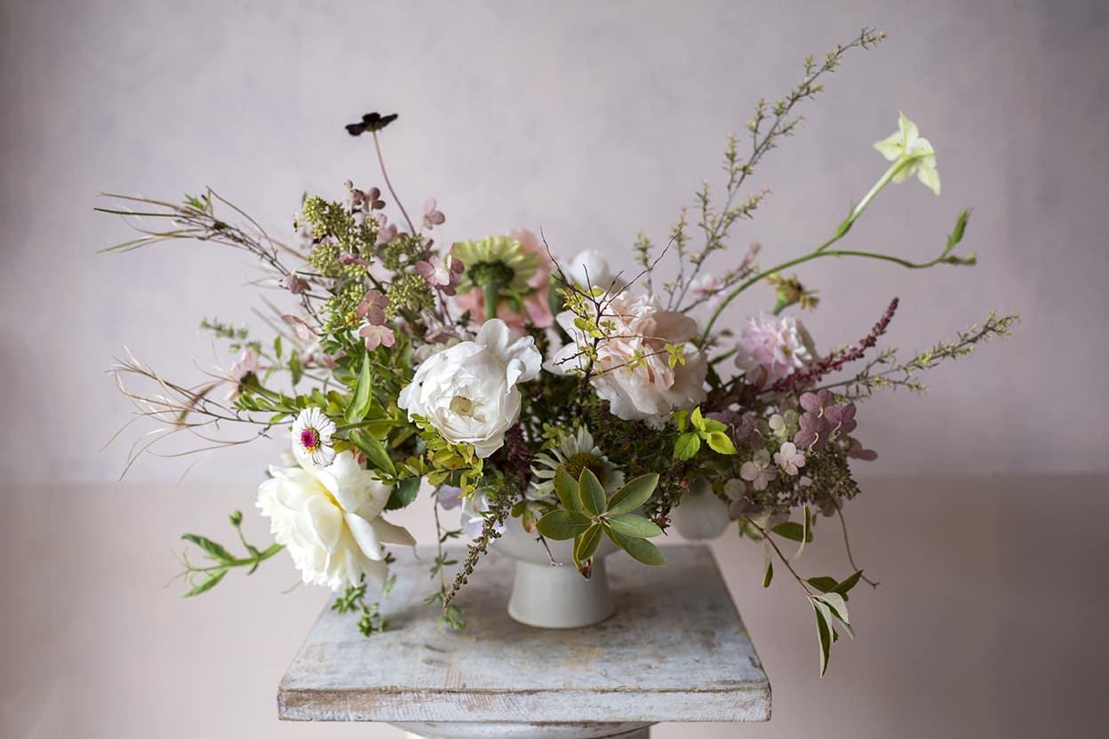 Mengombinasikan-Berbagai-Jenis-Bunga-Menjadi-Komposisi-yang-Tepat