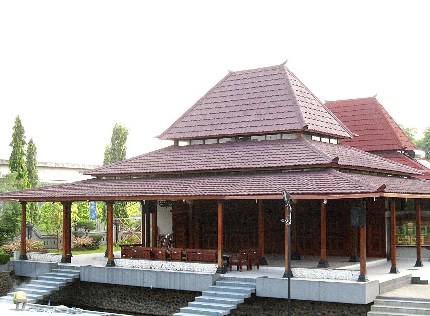Rumah-Adat-Joglo